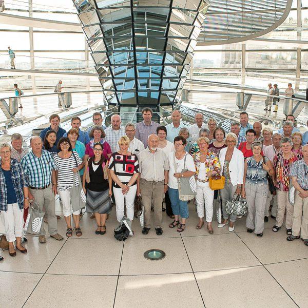 BPA-Gruppe aus dem Wahlkreis mit Albert Stegemann in der Kuppel des Reichstages