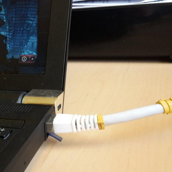 Das Förderprogramm Breitbandausbau soll dem heimischen PC schnelles Internet ermöglichen
