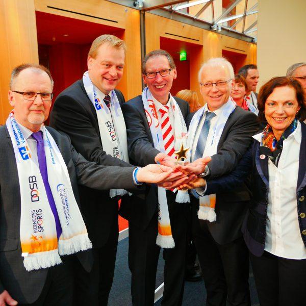 """Die Freude beim TSV Georgsdorf und allen Unterstützern über den """"Stern des Sports"""" in Gold war riesig."""