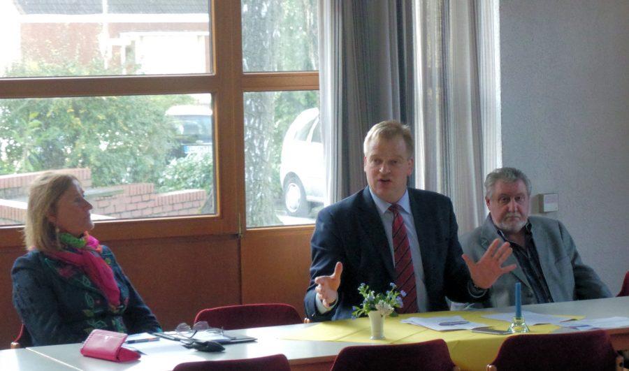 EAK-Kreisvorsitzende Gundula Zieschang und Albert Stegemann auf der Veranstaltung des EAK-Arbeitskreises