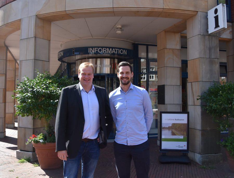 Foto: Albert Stegemann mit LWT-Geschäftsführer Jan Koormann